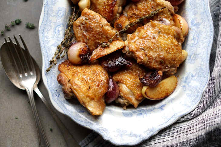 Chicken with Cider Vinegar Cream and Caramelised Apples