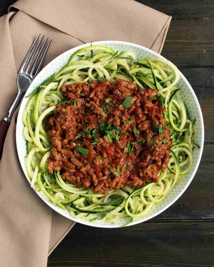 AIP Bolognese and Zoodles Recipe #aip https://healingautoimmune.com/aip-bolognese-zoodles-recipe